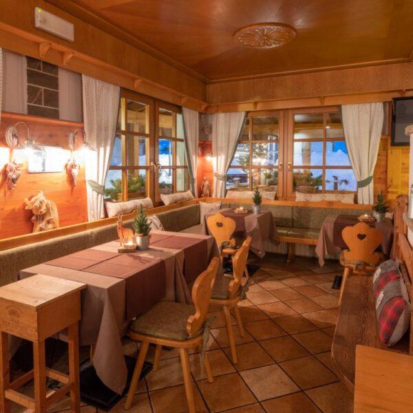 Carnia Hotel Ristorante B&B